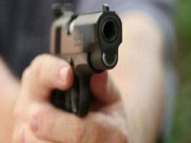 23-year-old man shot at by two bike-borne assailants for not sharing cigarette