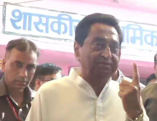 Lok Sabha elections 2019 MP CM Kamal Nath casts vote with camera flash as power trips
