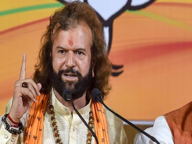 BJP  imported Hans Raj Hans as it thinks no one in North West Delhi is 'eligible' to contest polls, says Kejriwal