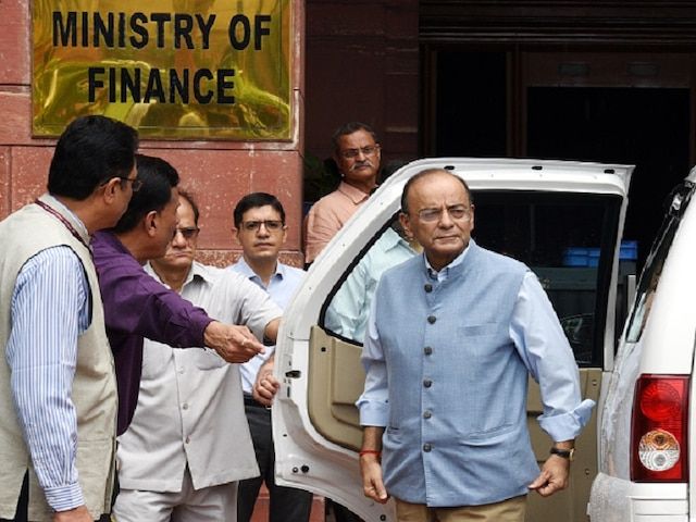 India's fiscal deficit touched 4.52 pc of GDP at end-February, reveals Finance Ministry