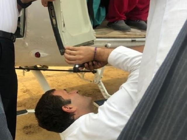 Lok Sabha elections 2019 Rahul Gandhi posts photo of himself 'fixing' chopper