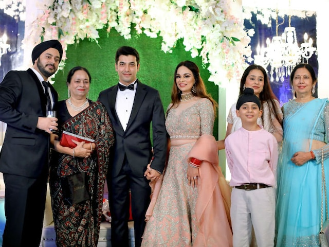 Ssharad Malhotra-Ripci Bhatia GRAND wedding reception in Kolkata
