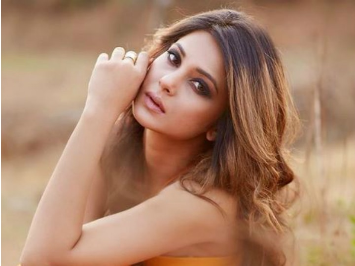 Code M - Jennifer Winget To Start Shooting For ALTBalaji's ...