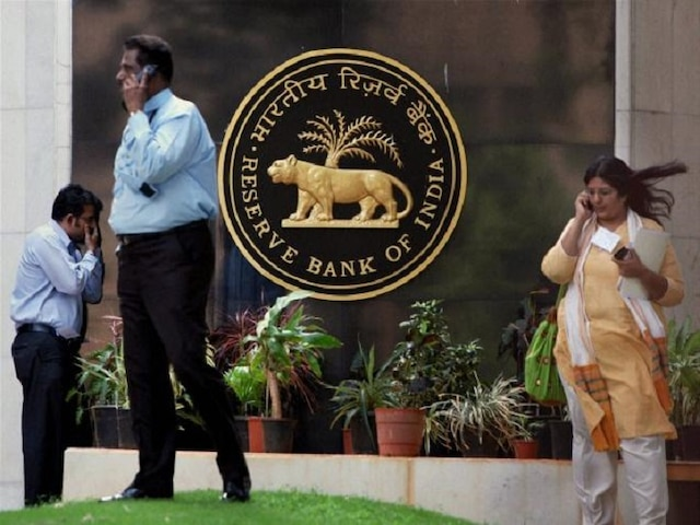 RBI revises prudential norms for NPAs, gives banks 30 days to review stressed loans