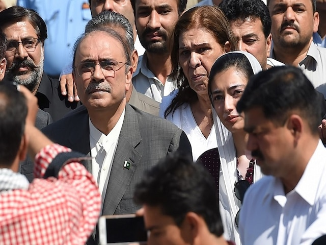 Pakistan, Accountability court sends Asif Ali Zardari on 10-day physical remand