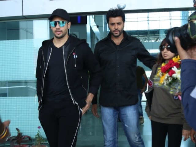 PICS: Sidharth Malhotra spotted at Dehradun airport for Rs. 200 Cr wedding in Auli