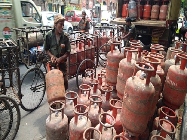Non-Subsidised LPG Price Reduced By Over Rs 100 Per Cylinder From July 1