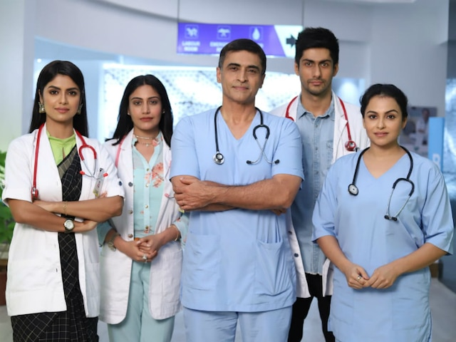 Sanjivani 2 - First Look of Surbhi Chandna, Namit Khanna & other new age doctors out on National Doctors Day! See Pics!