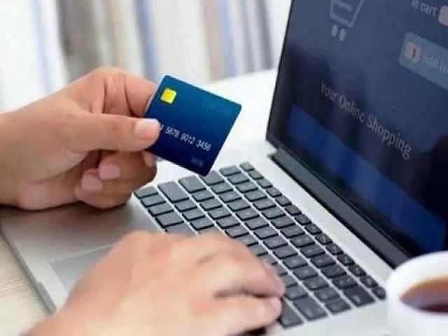 Govt announces more incentives for businesses embracing digital payments