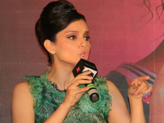Kangana Ranaut Refuses To Say Sorry After Fighting With Journalist, Says 'I Beg You, Please Ban Me'!