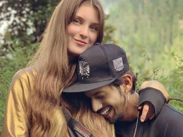 'Roadies Rising' Finalist & 'Splitsvilla 10' Winner Baseer Ali Finds Love Again In Stayce Ponomareva After Breakup With Halima Khan? See Pics!