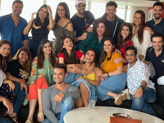 #MeToo: Farah Khan Angers Social Media For Her Lunch Outing With 'Super 30' Director Vikas Bahl