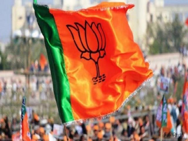 UP BJP MLA enrols school students as party members