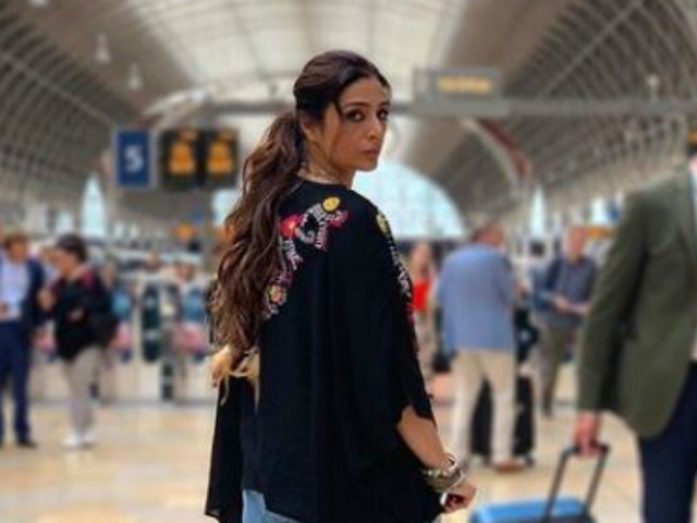 Tabu Shares Her First Look From 'Jawaani Jaaneman'! See Picture!