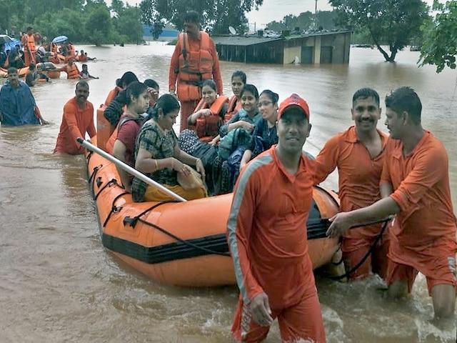 Maharashtra: Mahalaxmi Express With 700 Passengers Stranded Due To Heavy Rains; NDRF, Navy Deployed For Rescue