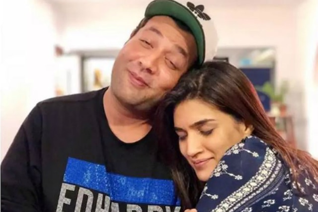 'Arjun Patiala' Actress Kriti Sanon: Varun Sharma Won't Let Me Date Anyone