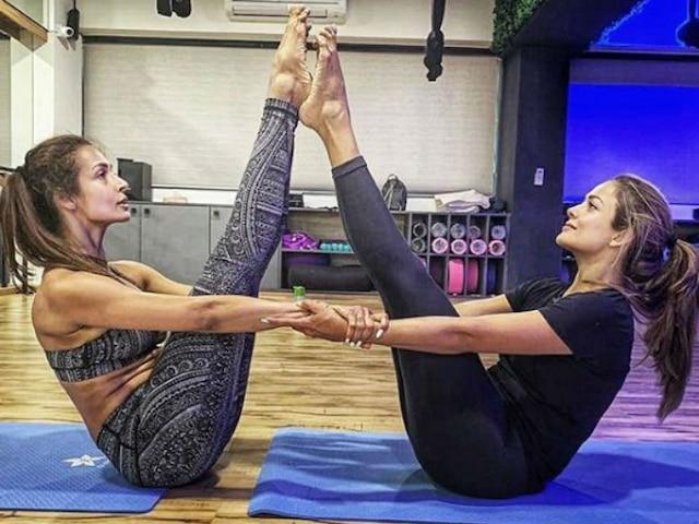 Malaika Arora's Accidental Twinning With Sister Amrita