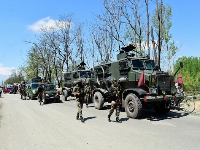 Kashmir Infiltration: Indian Army Neutralises Pakistan's BAT Attempt; Security On High Alert