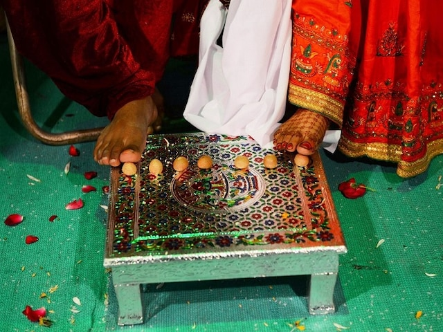 Greater Noida: Female Cop Marries Gangster; 'She'll Face Action' Says UP Police