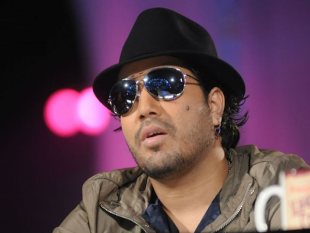 Singer Mika Singh BANNED And BOYCOTTED By All India Cine Workers Association After Performing At Event In Pakistan!