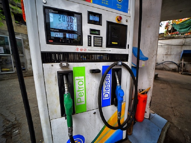 Petrol, Diesel Prices In Delhi Become Cheaper Than UP As Adityanath Govt Hikes VAT