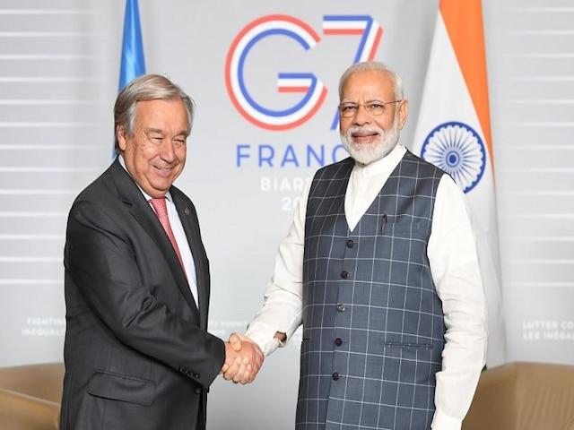G7 Summit 2019: PM Modi Holds