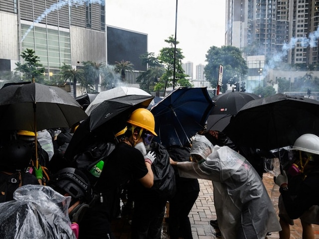 Hong Kong Police Say Violent Protesters Forced Use Of Water Cannon, Warning Shot