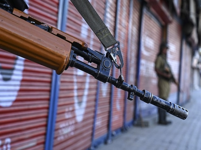J&K: Truck Driver Killed In Stone Pelting Incident, Two Youths Arrested