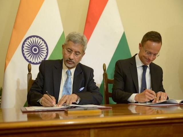 External Affairs Minister Jaishankar Holds
