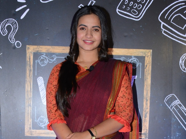 Vidya: Meera Deosthale & Namish Taneja's Colors Show Will Showcase The Journey Of An Uneducated English Teacher