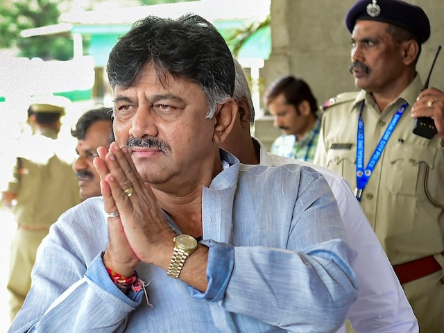 DK Shivakumar Arrested: ED To Produce Congress Leader Before Delhi Court Today; Party Stages Protest