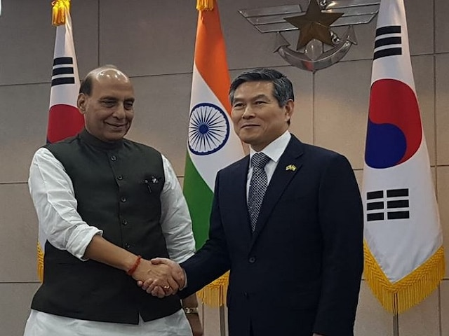 Rajnath Singh in Korea: Defence Minister Meets S Korean Defence Counterpart, Discuss Boosting Ties