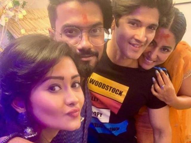 Ganesh Chaturthi 2019: Hina Khan Reunites With 'Yeh Rishta Kya Kehlata Hai' Co-Stars Rohan Mehra, Kanchi Singh During Celebrations! See Pictures!