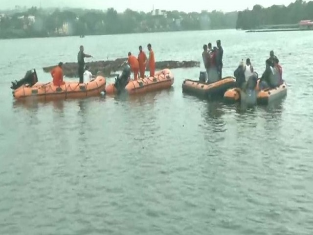 Madhya Pradesh: Major Mishap During Ganpati Visarjan As Boat Capsizes In Bhopal; 11 Bodies Recovered
