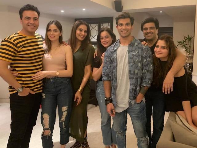 Bigg Boss 13: Aarti Singh Parties With Karan Singh Grover, Bipasha Basu & Ex-boyfriend Ayaz Khan Before Entering The Show (PICS)