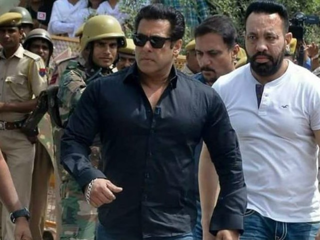 Salman Khan Receives Death Threat On Facebook Ahead Of Hearing In The Blackbuck Poaching Case!