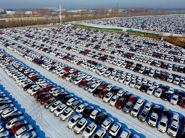Automobile Slowdown: Reduced Prices, Festive Offers To Accelerate Sales Growth