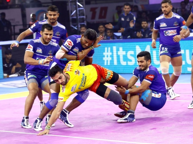 Pro Kabaddi League 2019: Haryana Steelers Edge Out Gujarat Fortunegiants 38-37