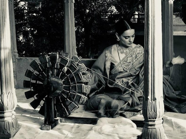 Gandhi Jayanti 2019: Kangana Ranaut Pitches For Revival Of Khadi On Mahatma Gandhi's 150th Birth Anniversary! See Picture!