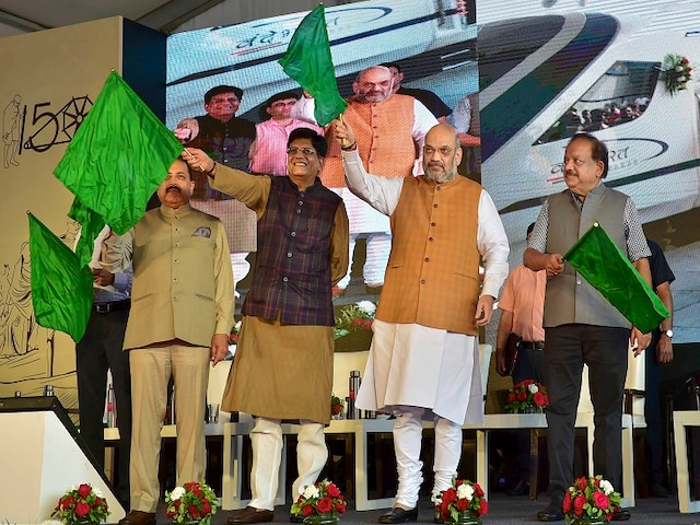 """Kashmir Can Be Among Top States By 2029,"" Says Shah As He Flags Off Vande Bharat Express"