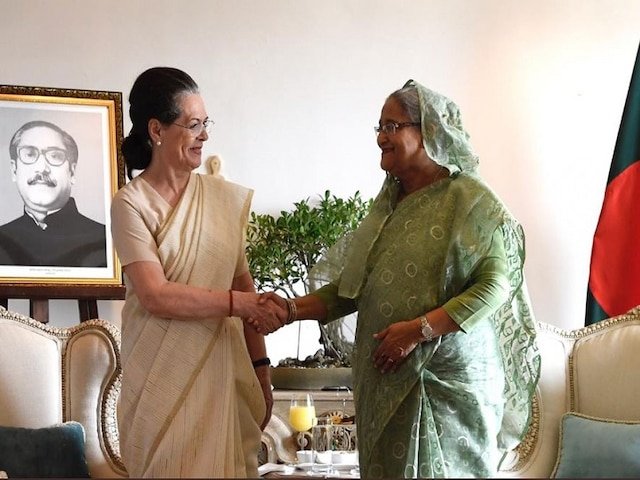 Sonia Gandhi Accepts Hasina's Invitation To Visit Bangladesh For 50th I-Day Celebration