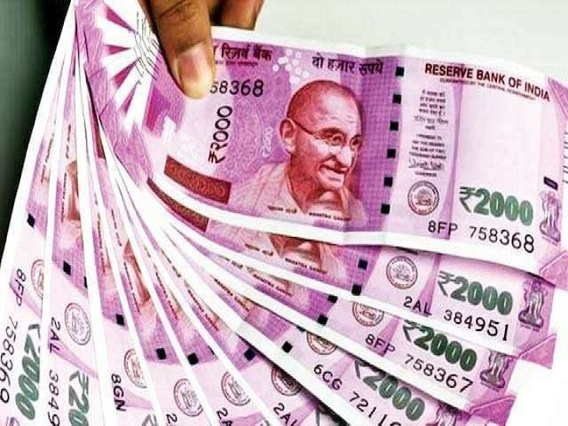 7th Pay Commission: Dearness Allowance Hiked To 17%; Early Diwali For 1.12 Crore Govt Employees And Pensioners