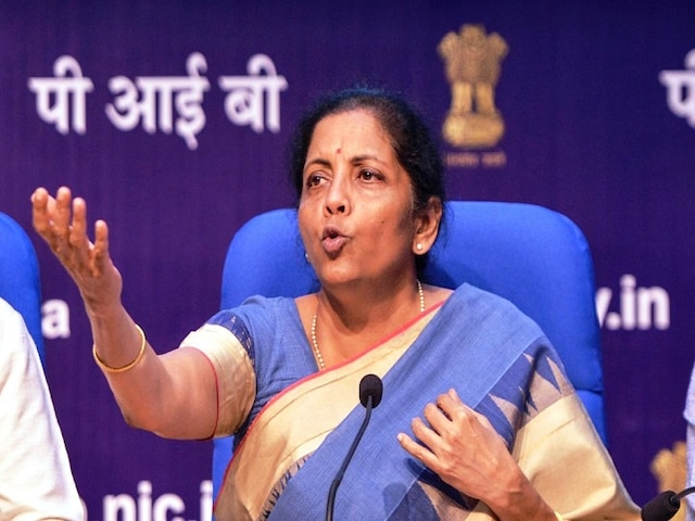 Sitharaman vs Manmohan - Blame Game Continues Over Condition Of Economy