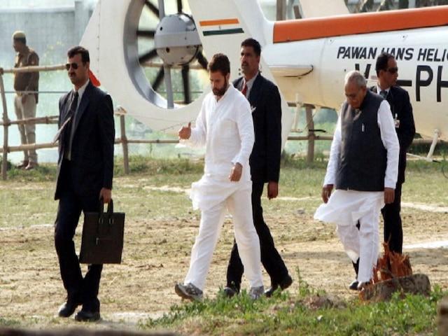 Bad Weather In Delhi 60 Flights Delayed Rahul Gandhi's Chopper Makes Emergency Landing