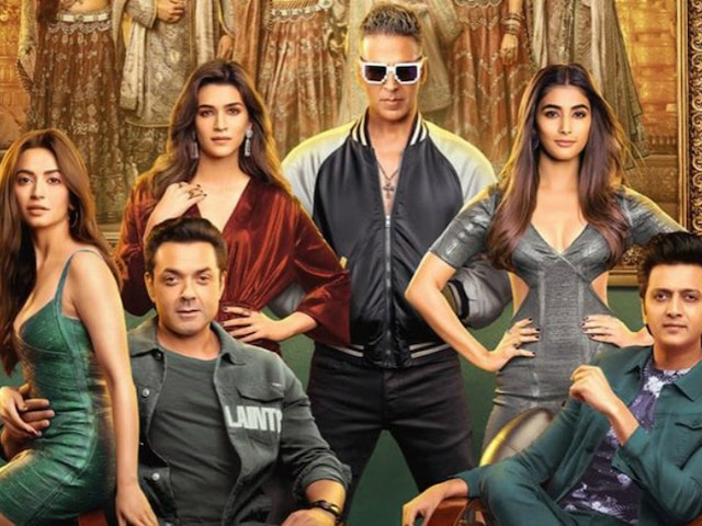 Movie Review: 'Housefull 4' is more like a haggard circus (Rating * *)