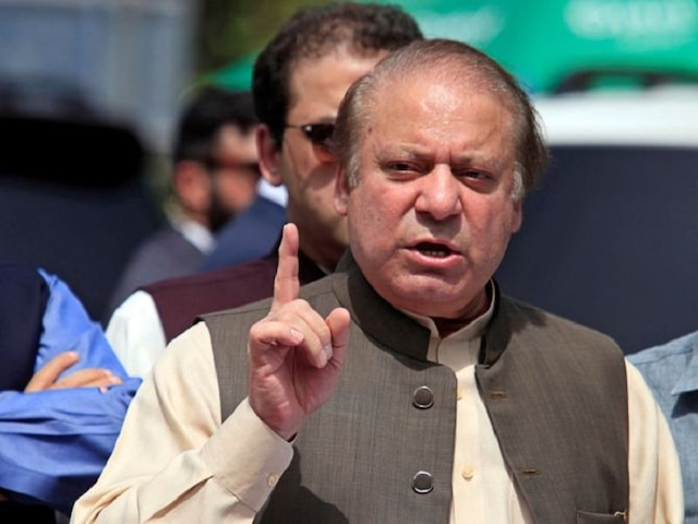 Former Pakistan PM Nawaz Sharif Suffers Heart Attack