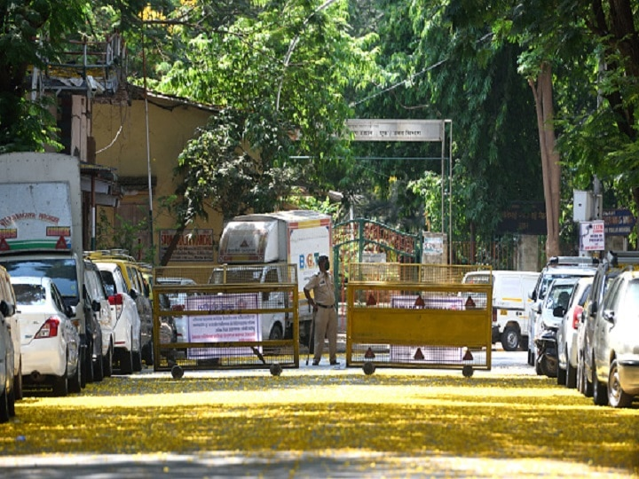 Mumbai Police Urge Citizens Not To Move Beyond 2 KM From Home; Outdoor Movement Allowed For Essential Services
