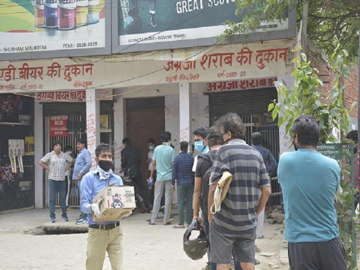 Delhi Govt Withdraws Special Corona Fee On Liquor, Increases VAT Upto 25% From June 10