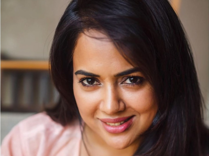 Sameera Reddy Opens Up On Casting Couch In Bollywood; Says 'The Whole Game Is Like Snakes And Ladders'