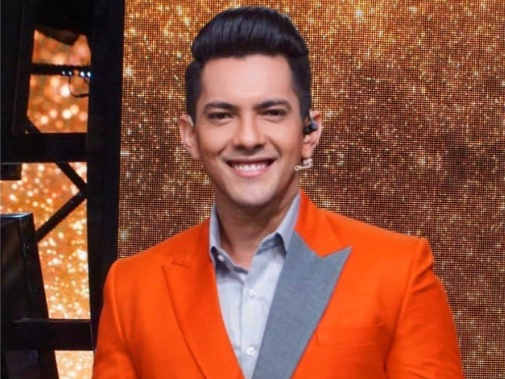 Aditya Narayan Refutes Reports Claiming He Went Bankrupt; Says 'After Working For More Than Two Decades How Can I Go Moneyless?'